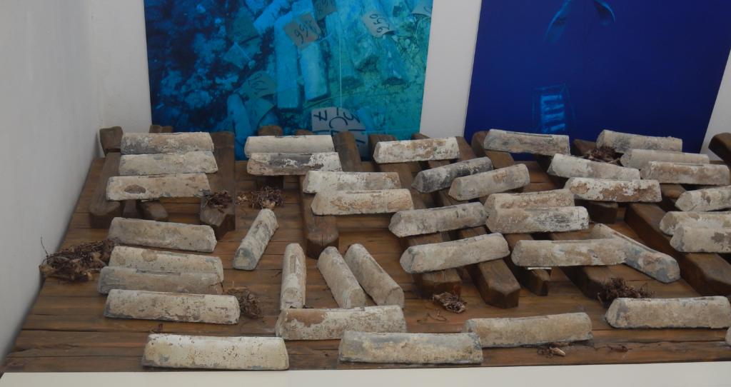 Parte del carico del relitto dell'isola di Mal di Ventre