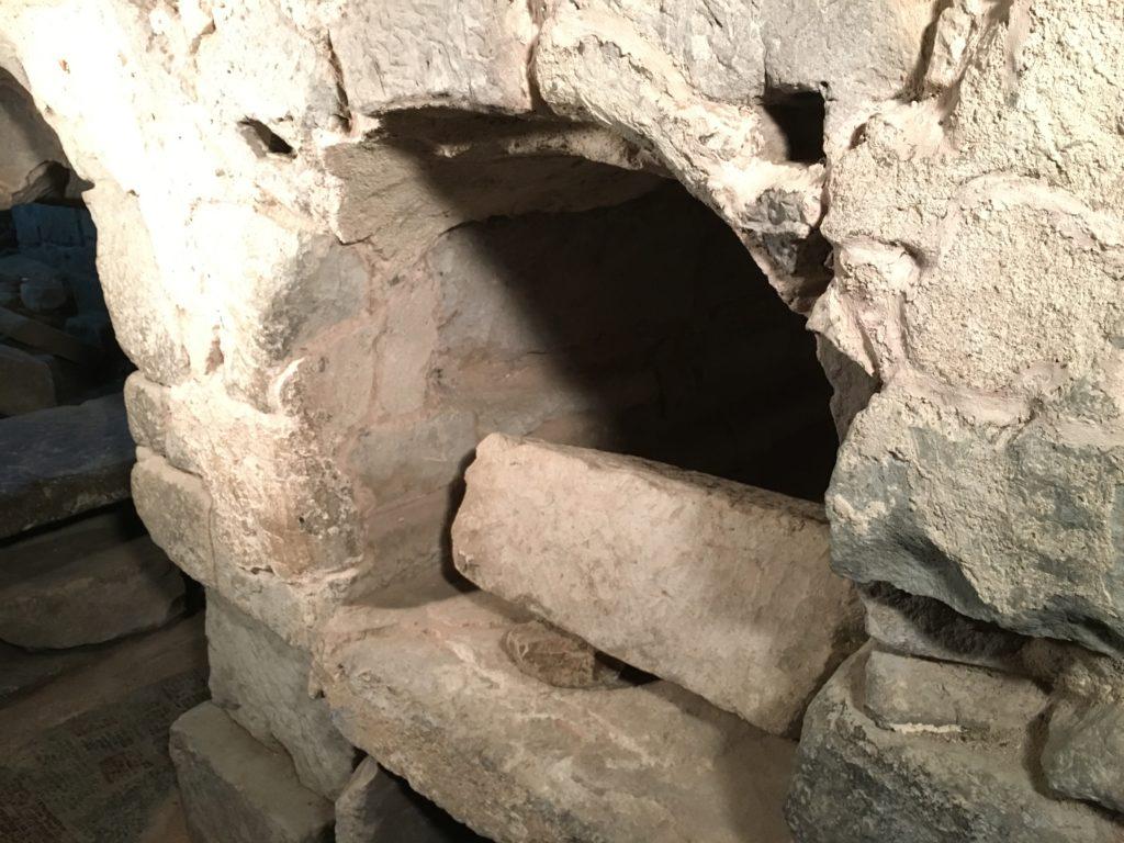Tomba di San Lussorio con arco