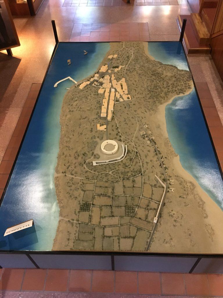 Plastico che riproduce la città di Tharros nel IV secolo d.C. all'Antiquarium Arborense