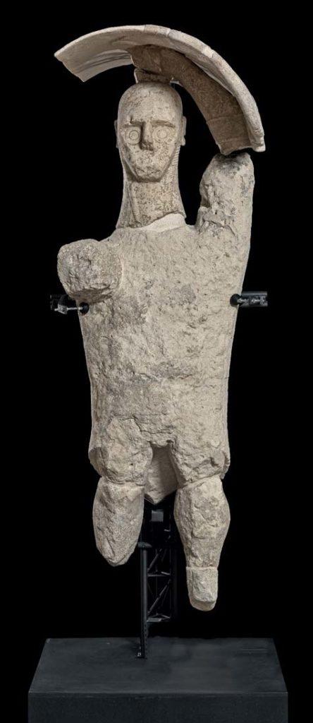 """Statua di """"Pugilatore"""" esposta al Museo Civico di Cabras"""