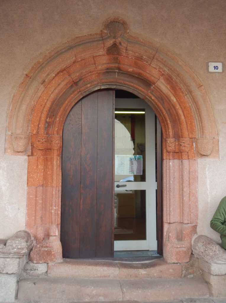 Porta d'ingresso della Casa Aragonese di Fordongianus