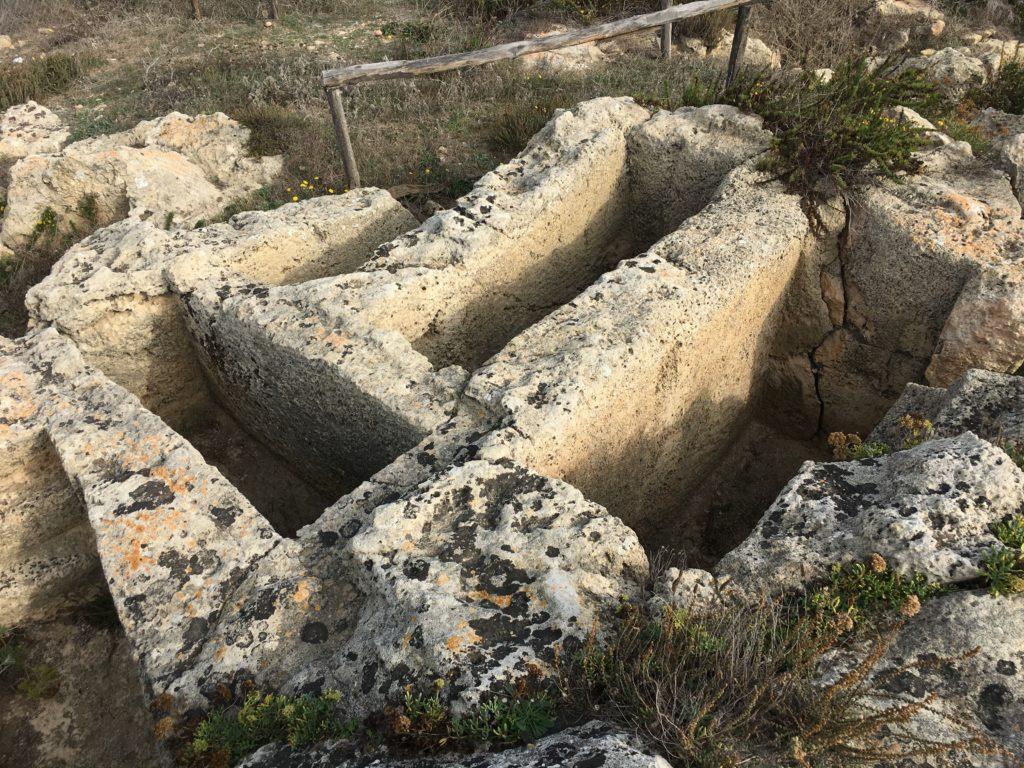 Tombe a fossa a Capo San Marco