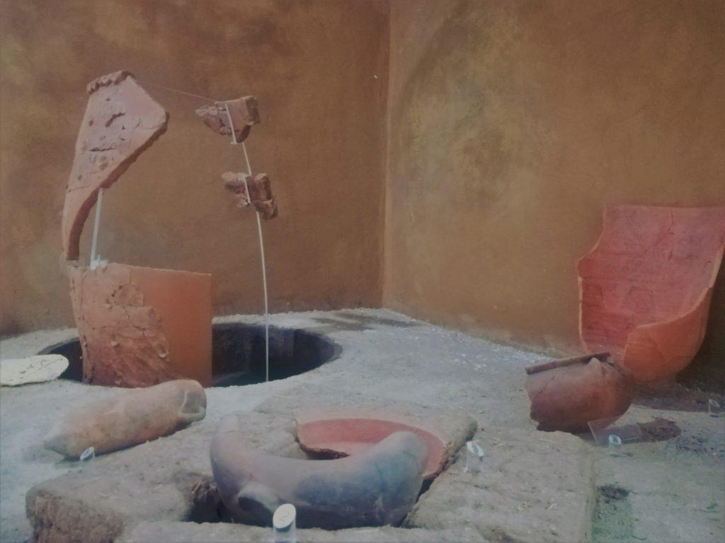 Museo Villa Sulcis, ricostruzione della cucina rinvenuta presso la Casa del lucernario di talco - Foto: Daniela Pippia