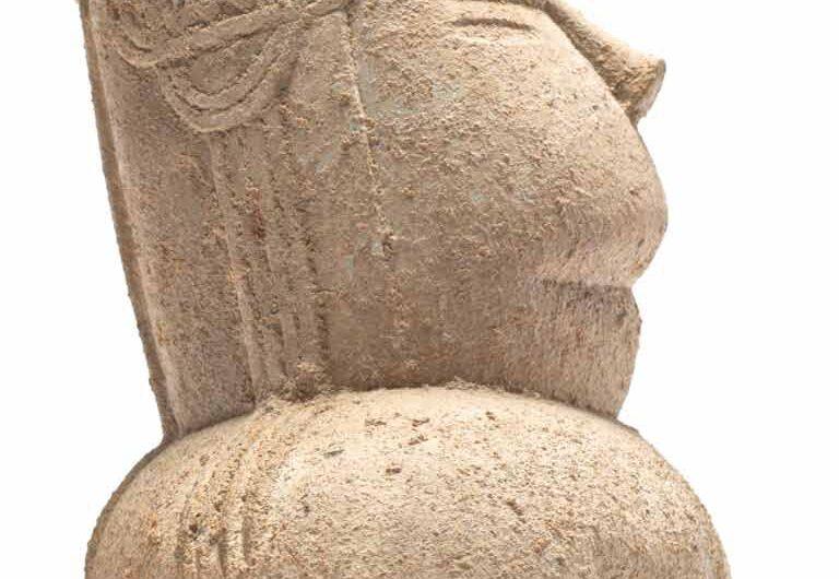 Statuetta di dea madre della necropoli di Cuccuru is Arrius (Cabras)